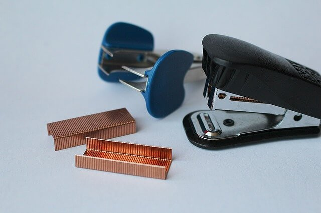 staple remover hardwood floors